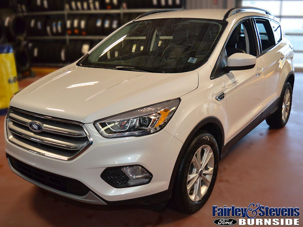 New 2019 Ford Escape SEL 320