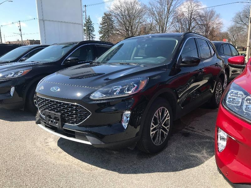 New 2020 Ford Escape SEL UA03205