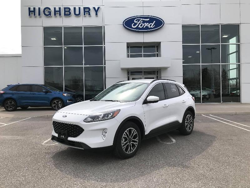 New 2020 Ford Escape SEL UA18181