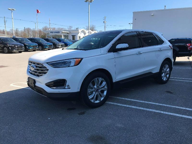 New 2020 Ford Edge Titanium BA35703
