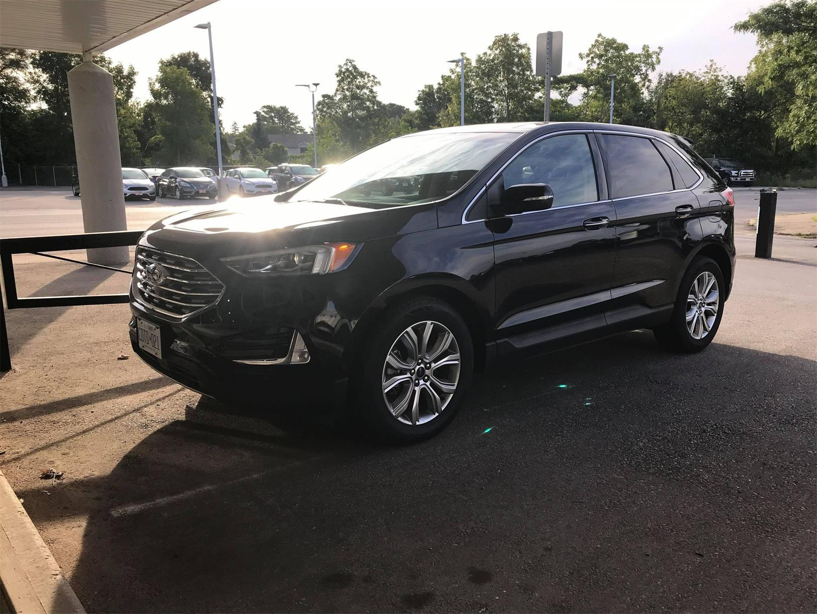 Used 2019 Ford Edge Titanium BC53377C