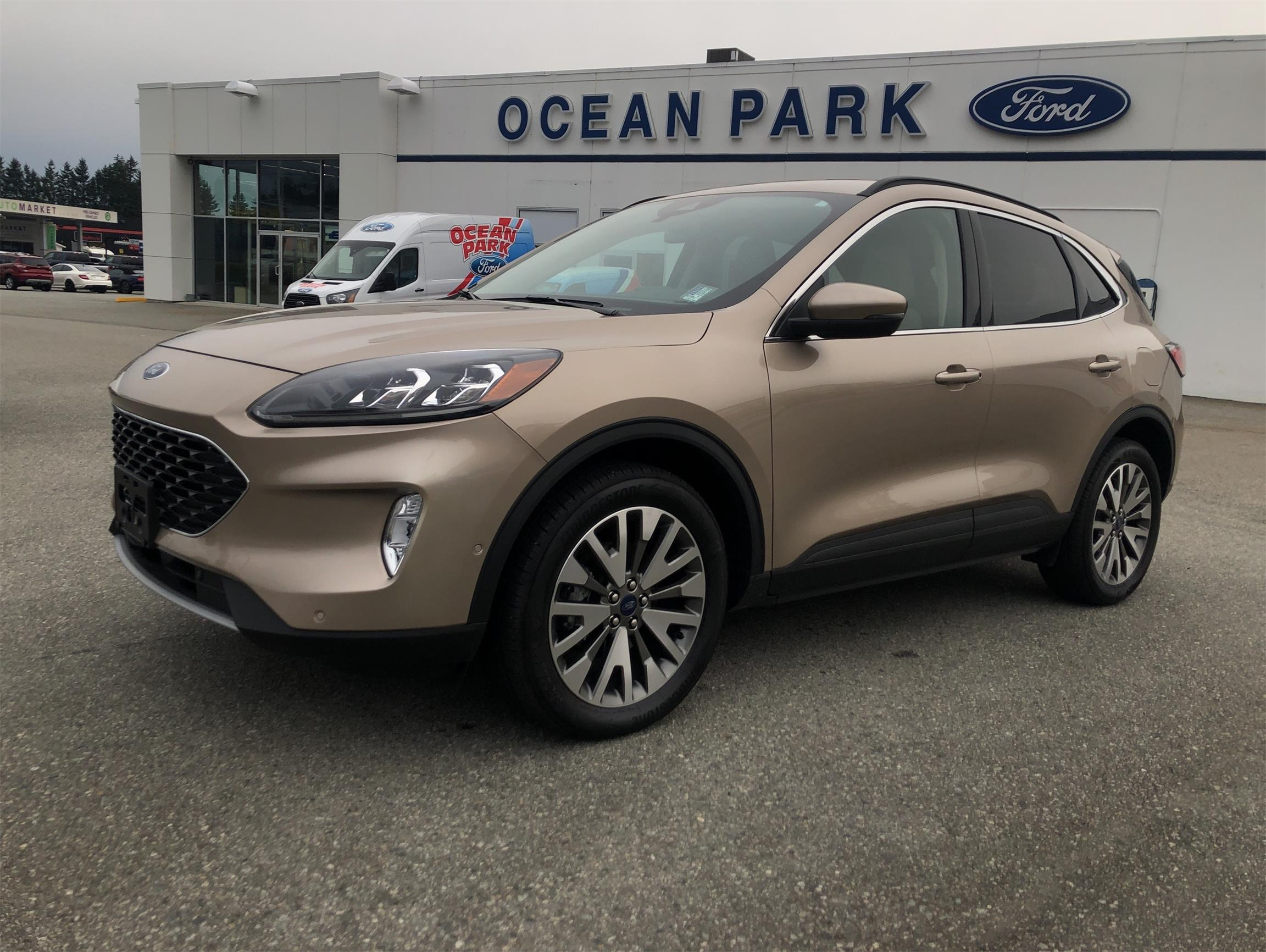 Used 2020 Ford Escape Titanium U9389