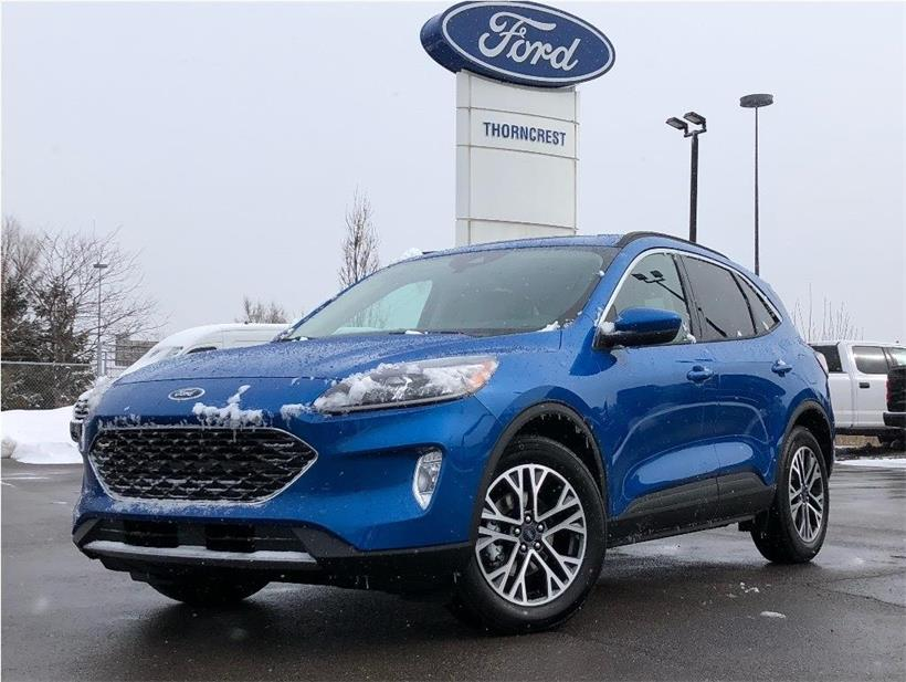 New 2020 Ford Escape SEL W068