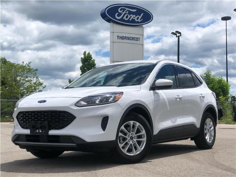 New 2020 Ford Escape SE W067