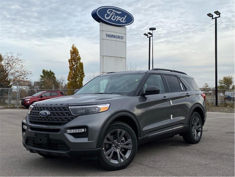 New 2021 Ford Explorer XLT W556