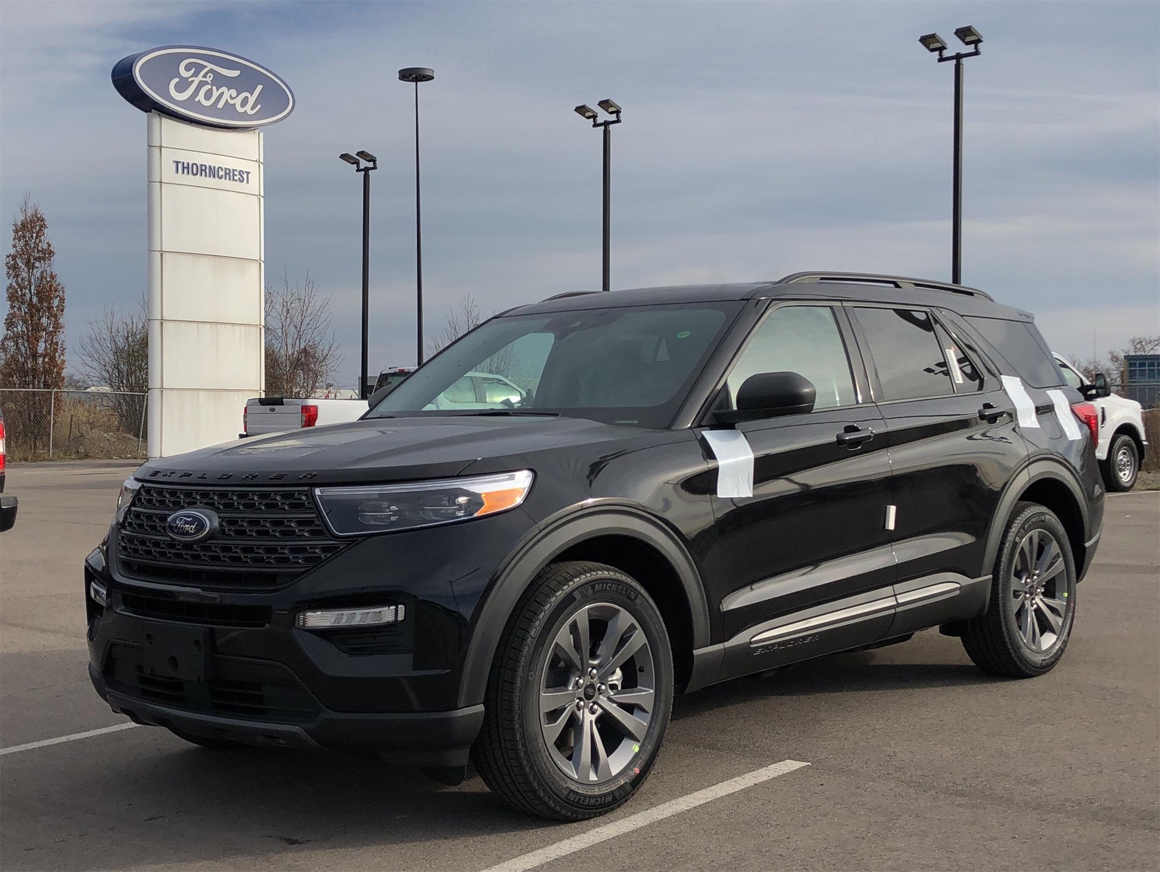 New 2021 Ford Explorer XLT W551