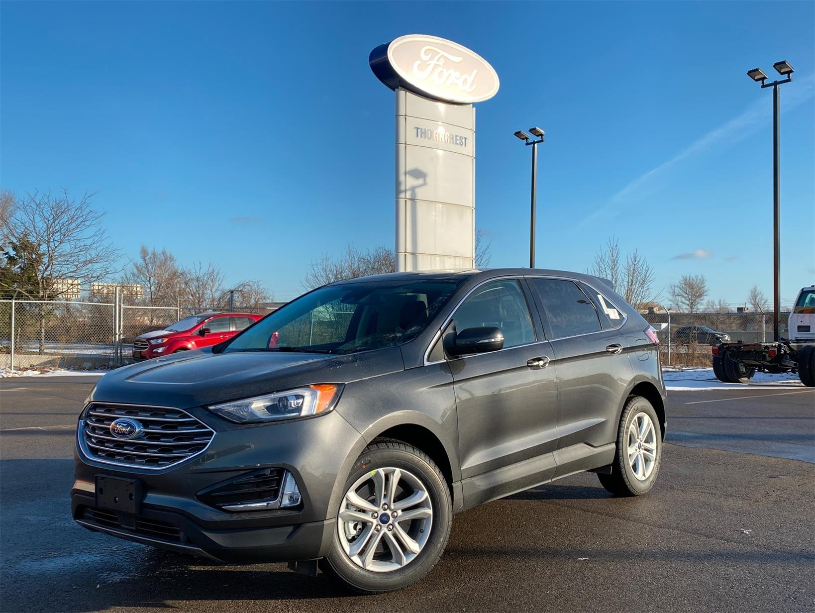 New 2020 Ford Edge SEL W875